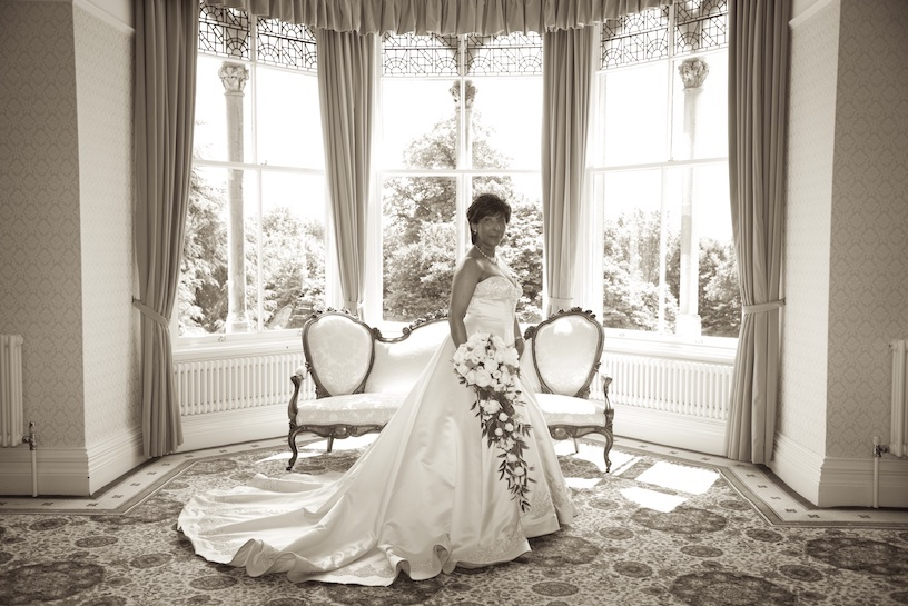 wedding photographs highbury Hall birmingham